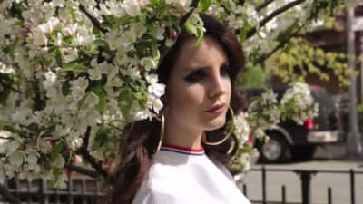 Lana Del Rey behind the scenes at FADER's cover shoot