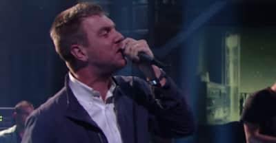 "Watch Hamilton Leithauser + Rostam Perform ""1000 Times"" On The Late Show"