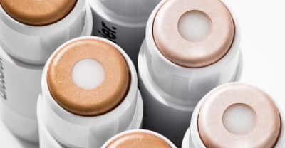 Glossier's New Highlighter Will Have Your Summer Glow On 10