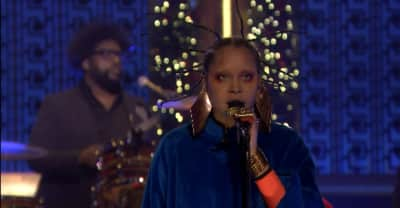 Watch Erykah Badu and The Roots cover Fela Kuti