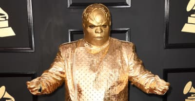 CeeLo Green's Grammys Outfit Got Turned Into Some Very Creative Memes
