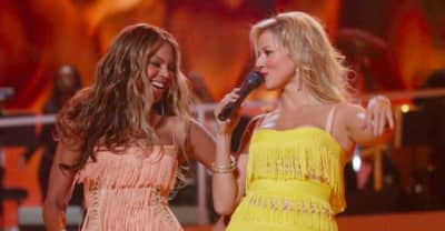 Beyoncé helped Jewel to dance for a performance