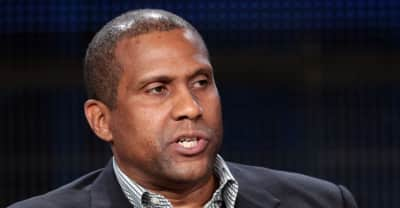 Tavis Smiley suspended from PBS show
