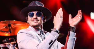 Linkin Park Created A Tribute Site For Chester Bennington