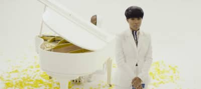 "Let Dej Loaf Inspire You With Her Heavenly ""Goals"" Video"