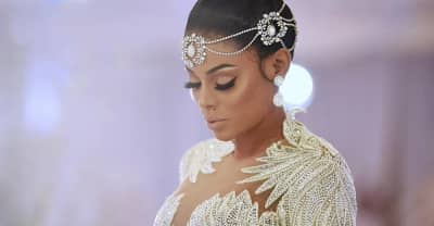 Keyshia Ka'oir Davis is the most beautiful bride
