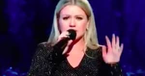 Kelly Clarkson opened the Billboard Music Awards by drawing attention to gun violence