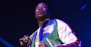 Meek Mill is a free man, rings bell at Sixers game