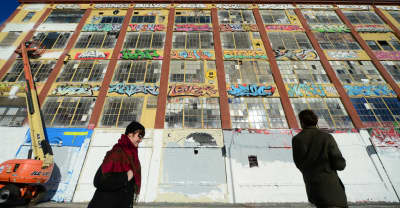 Judge orders 5Pointz landlord to pay $6.7 million to graffiti artists for destroying their work