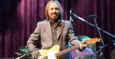 """Report: Tom Petty taken off life support after """"full cardiac arrest"""""""