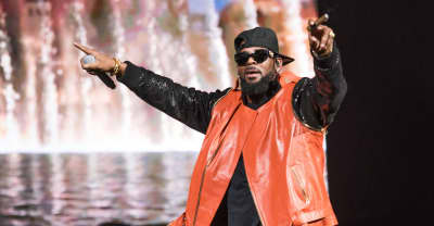 "R. Kelly boasts ""it's too late"" to end his career in leaked Facebook Live footage"