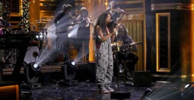 "Watch SZA's stripped-back ""Supermodel"" performance on The Tonight Show"