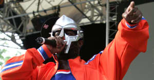 """DOOM Shares New Song """"DOOMSAYER,"""" Produced By The Alchemist"""