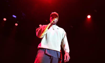 Kanye West tweets that a new Nas album will be out in June