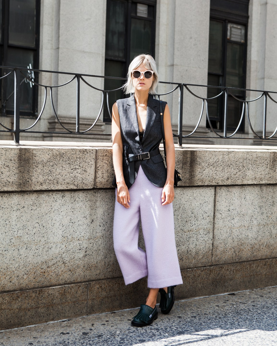 25 Low-Key Outfits That Make A Shirt And Jeans Look Avant-Garde