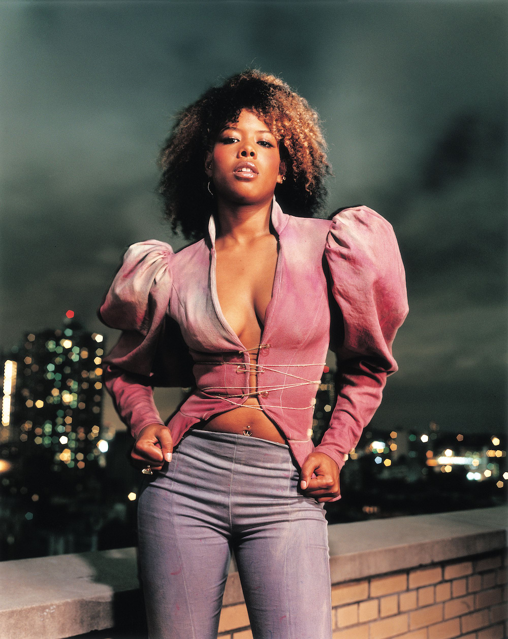 Look at these iconic photos from Kelis's 2001 FADER cover ...