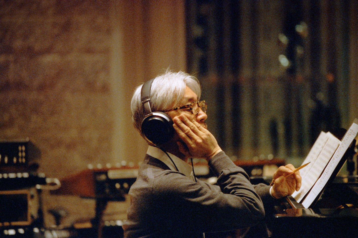 "Ryuichi Sakamoto Debuts ""Raindrops"" From His Score For <i>Nagasaki: Memories Of My Son</i>"