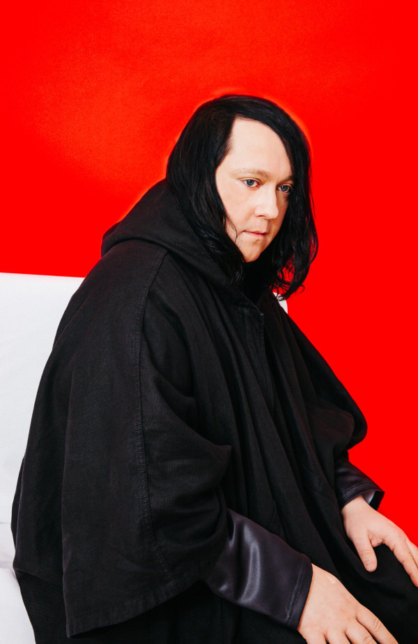 Watch Anohni Perform Songs From <i>Hopelessness</i> Live For The First Time