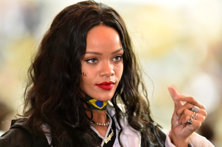 Rihanna Has Been Reaching Out To Dancehall Artists For Her New Album