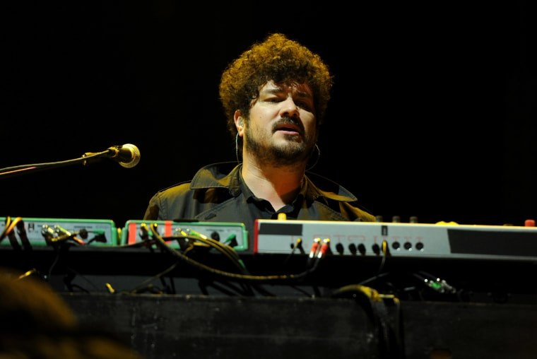 Richard Swift, member of The Shins, Black Keys, and The Arcs has died at 41