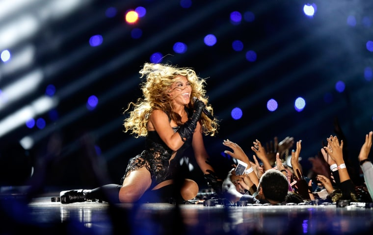 Beyoncé Confirmed To Appear At Coldplay's Super Bowl 50 Half Time Show