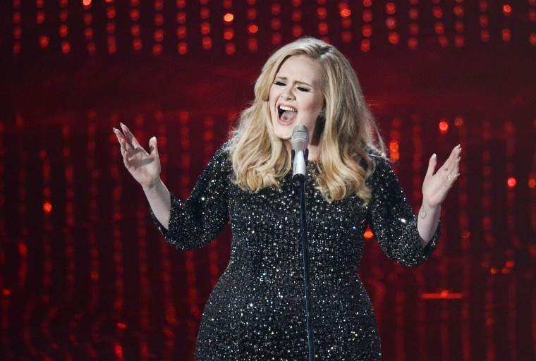 Adele's <i>25</i> First Week Sales Projections Are Record-Breaking