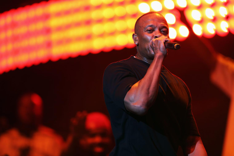 "Listen To The Full Broadcast Of Dr. Dre's Beats 1 Show ""The Pharmacy"""