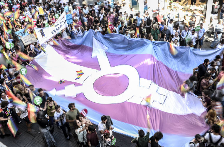 #TransCrowdFund Is Boosting Trans Folks Who Need Material Assitance