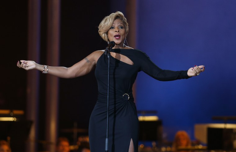 Mary J. Blige Is Getting The Hologram Treatment This Weekend When She Performs At The Statue Of Liberty