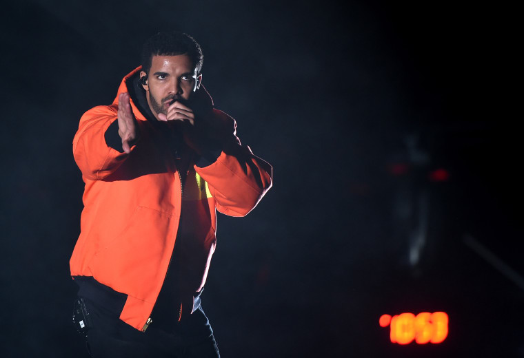 """Drake Performed Chief Keef's """"Faneto"""" In Chicago Last Night"""