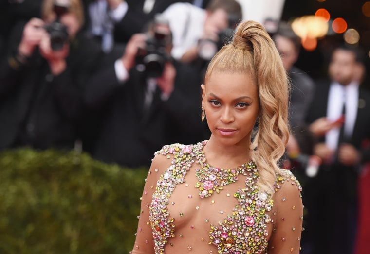 Beyoncé May Release Two Albums In 2016, Including One In April