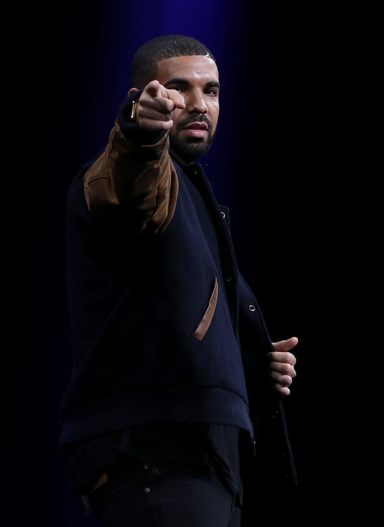 "Drake Takes More Shots At Meek Mill On New Freestyle ""Back To Back"""
