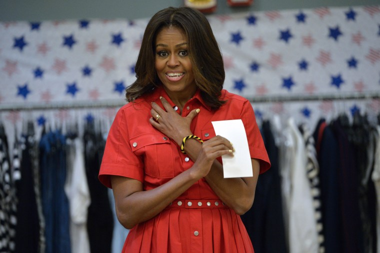 Michelle Obama Made A Great Video To End The White House Selfie Ban