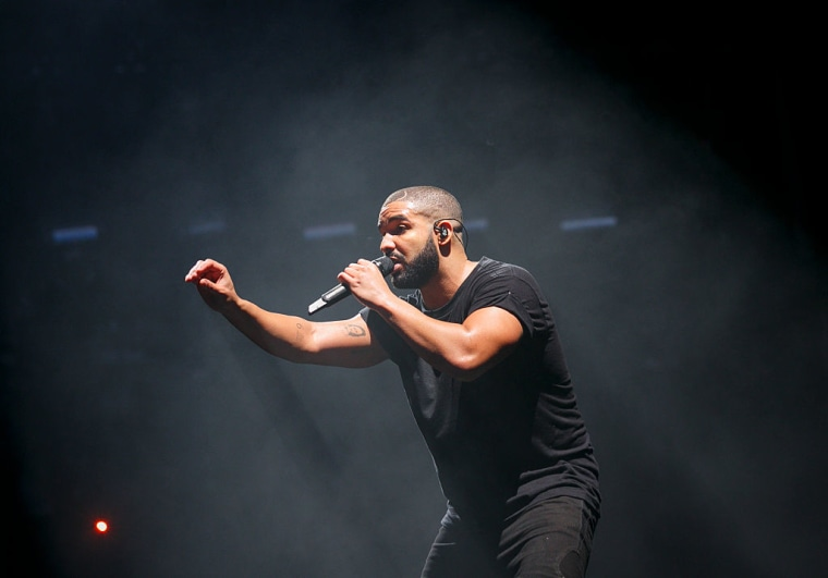 """Drake is now officially a co-writer of Kanye West's """"Yikes"""""""