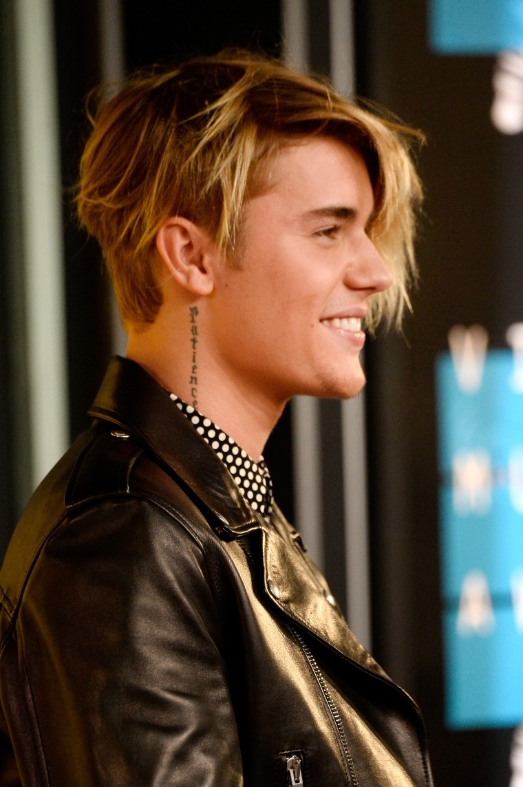 Justin Bieber Is Parting His Hair Differently Tonight