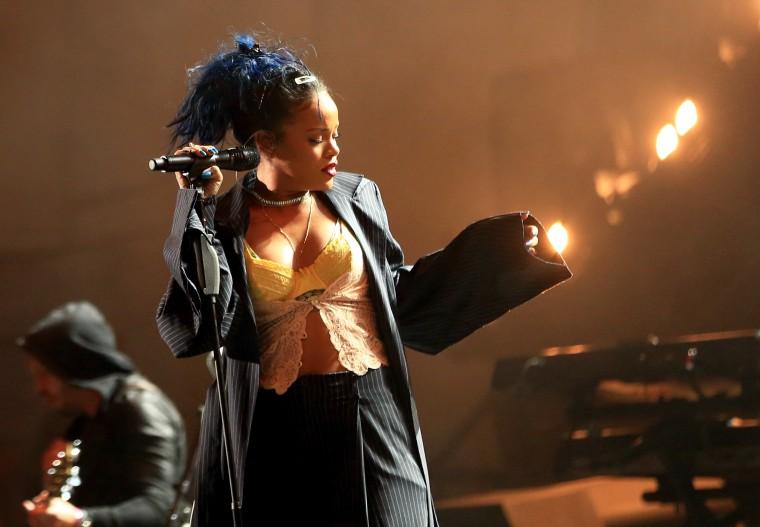 "Rihanna Shares Previews Of ""Work"" Music Video, Takes Over Toronto Jerk Chicken Spot"