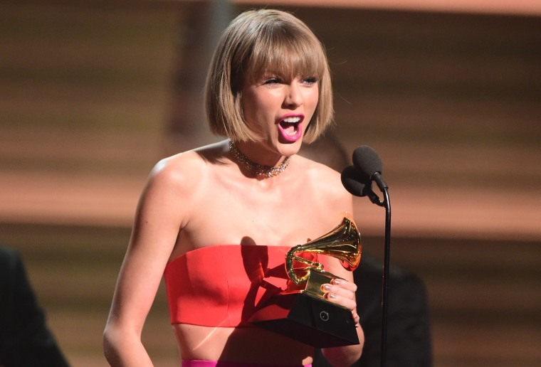 """Taylor Swift Responded To Kanye West's """"Famous"""" Lines"""