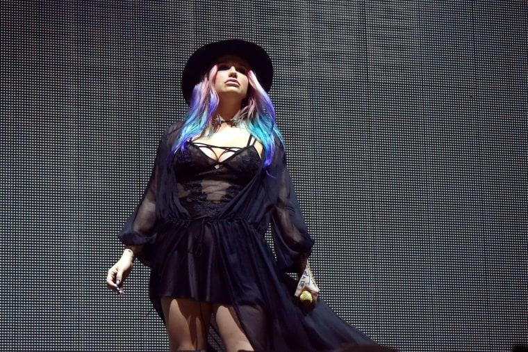 """Watch Kesha Perform """"True Colors"""" With Zedd At Coachella"""