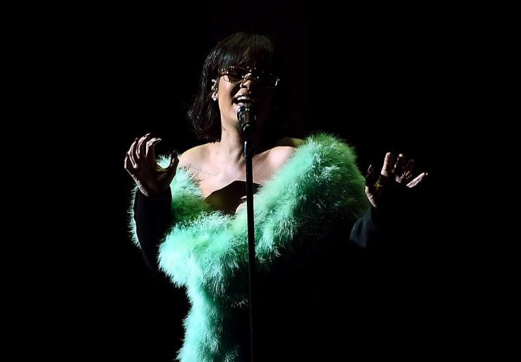 Rihanna Now Has More Top 10 Singles Than Michael Jackson