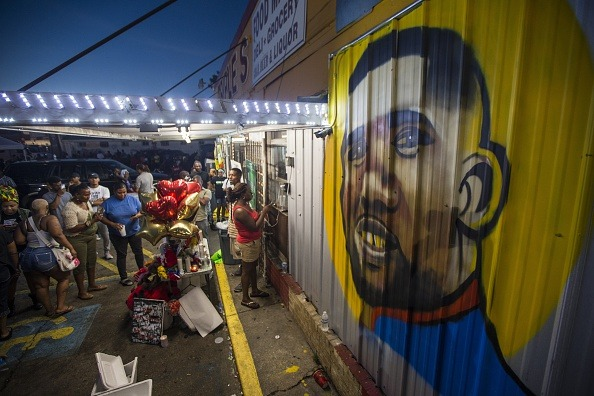 Report: Baton Rouge Police Officers Involved In The Fatal Shooting Of Alton Sterling Will Not Be Charged