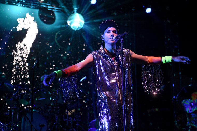 """Sufjan Stevens debuts new visual for """"Life With Dignity"""""""
