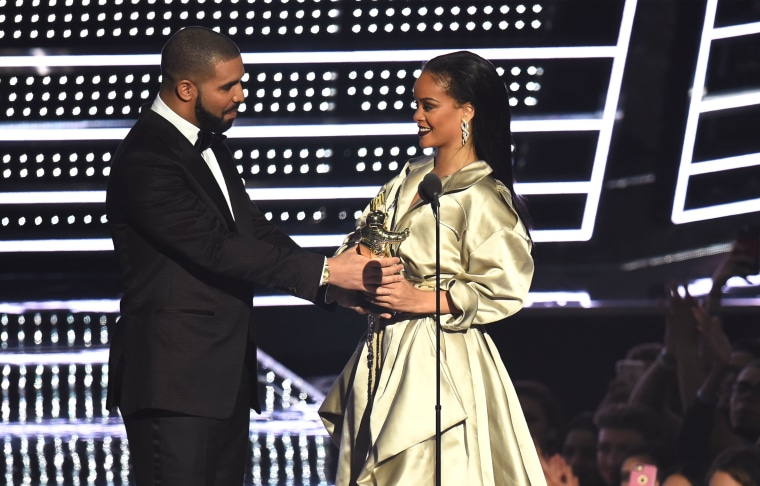 Rihanna and Drake Not on Friendly Terms Anymore After #MTVVMAs2016?