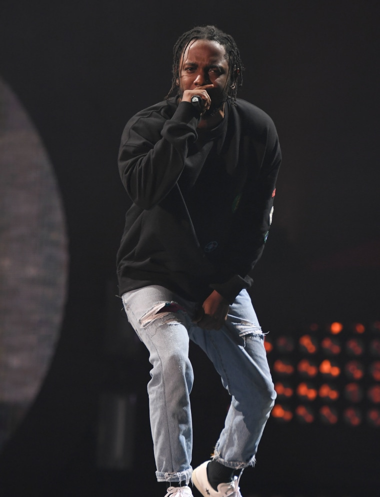 Kendrick Lamar will perform at the College Football Playoff championship