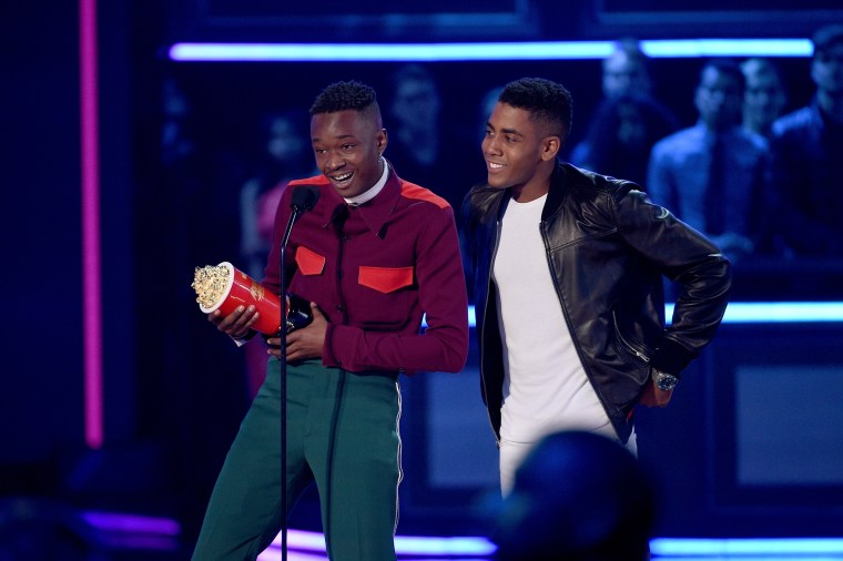 """<i>Moonlight</i> Stars Ashton Sanders And Jharrel Jerome Won MTV's """"Best Kiss"""""""