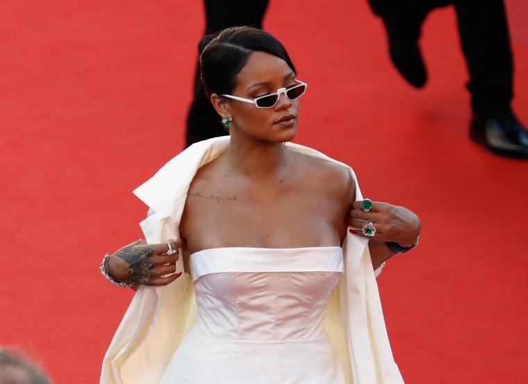 "Rihanna talks new music: ""she coming sis!"""