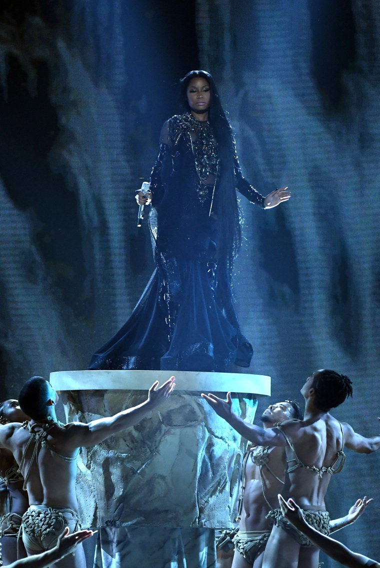 Watch Nicki Minaj Perform A Four-Song Medley At The 2017 Billboard Music Awards