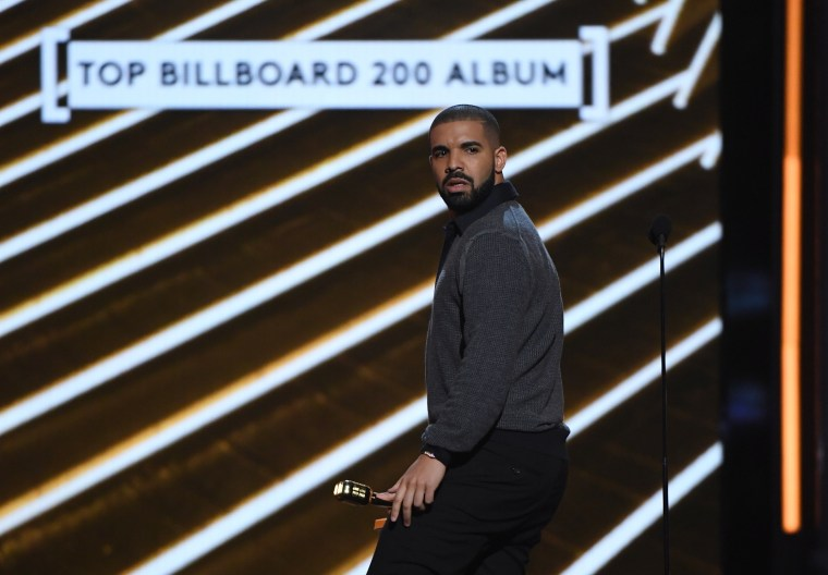 Drake's <i>Scorpion</i> Being Streamed Over 10M Times Per Hour on Spotify