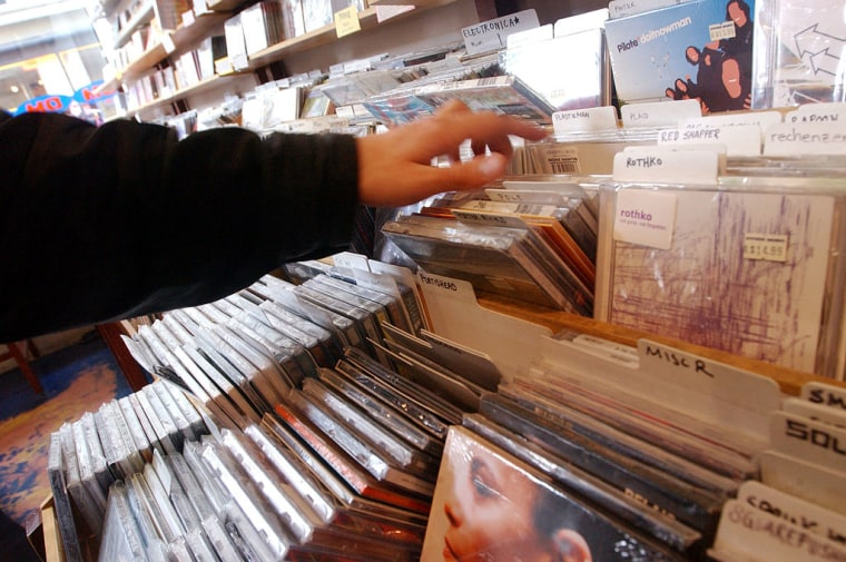 """New Recording Industry Study Finds Artists Being """"Deprived"""" Of Digital Revenues"""