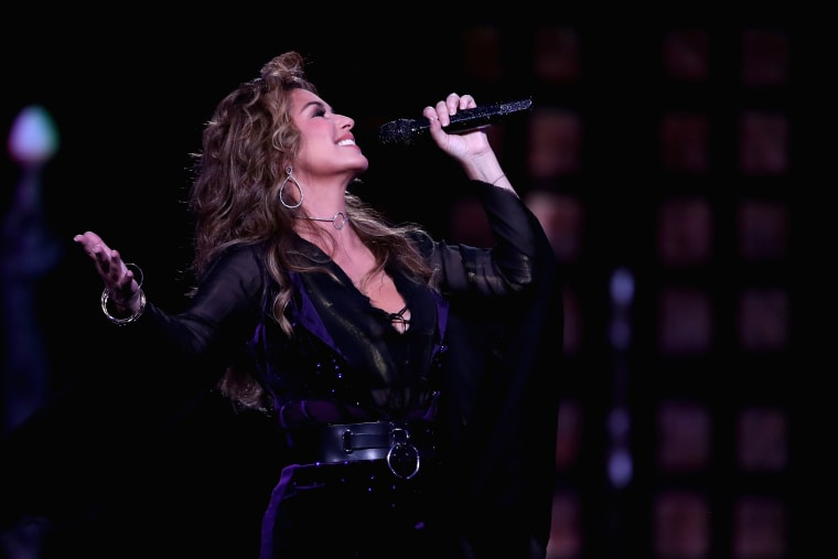 Shania Twain apologizes for saying she would have voted for Donald Trump