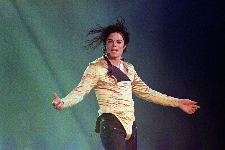 A Michael Jackson Biopic Is Coming To Lifetime